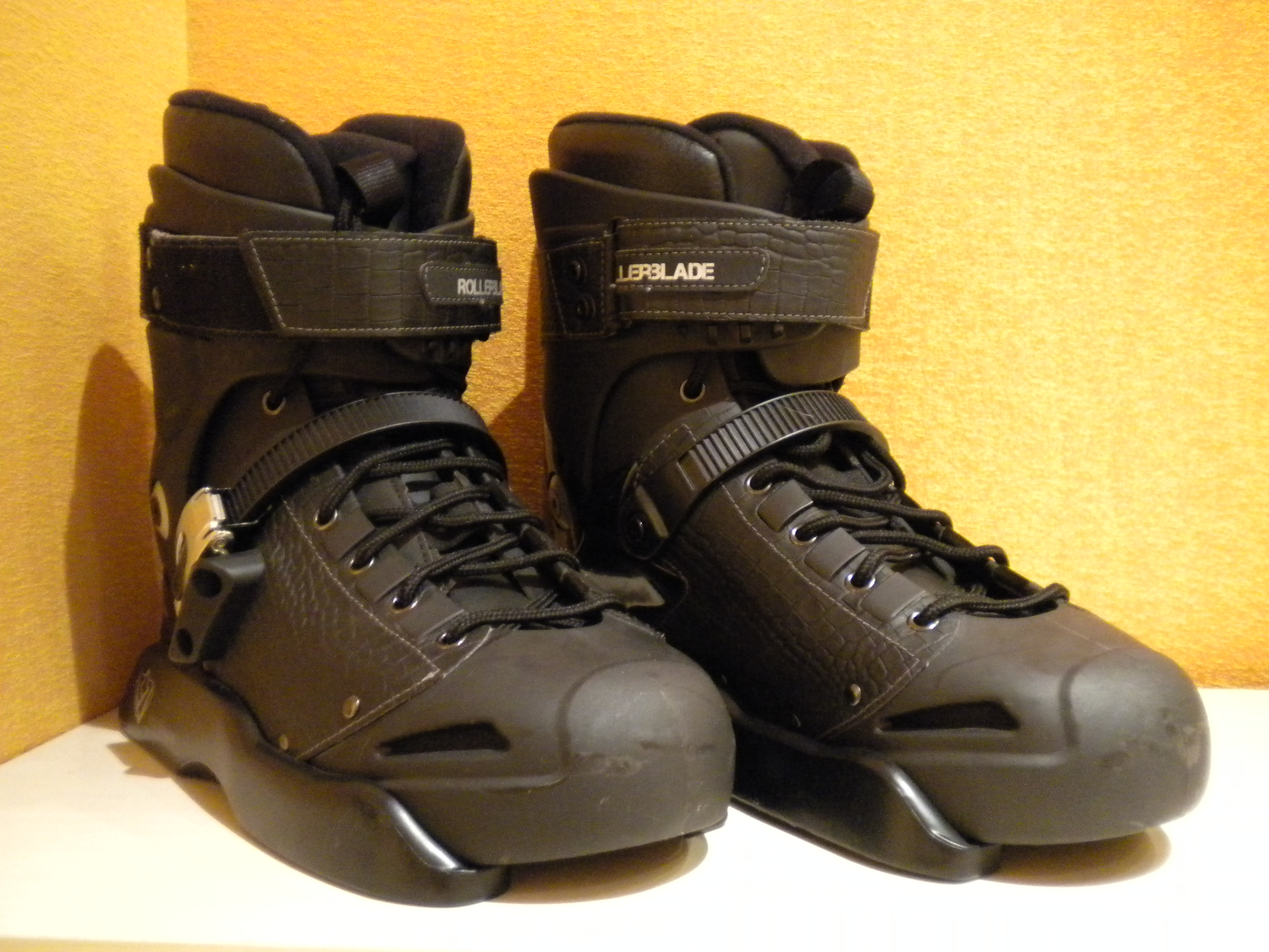 Rollerblade Solo Estilo 2 boot only
